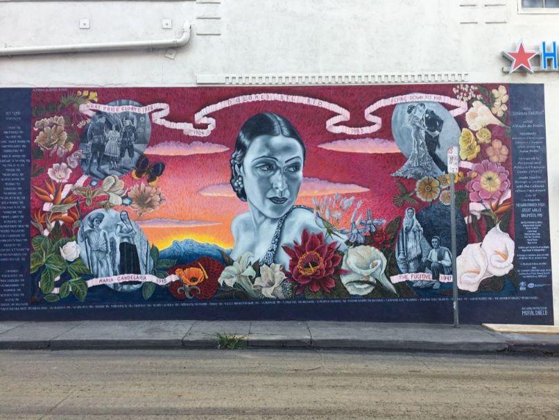 チカーノの壁画2