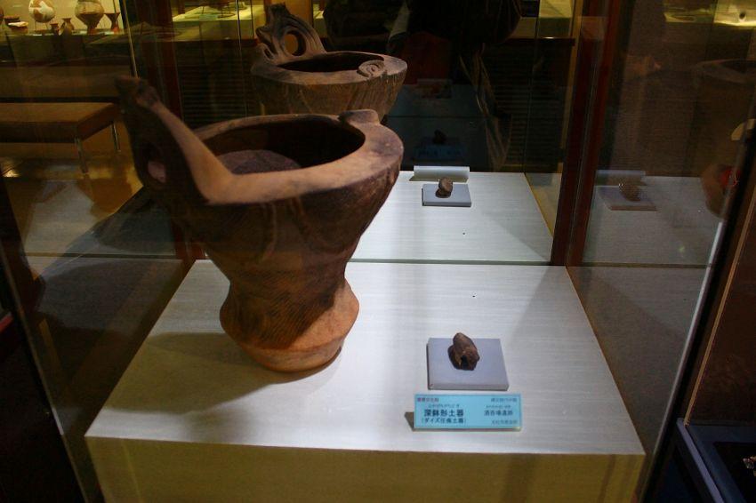 ダイズ」の圧痕が見つかった縄文土器