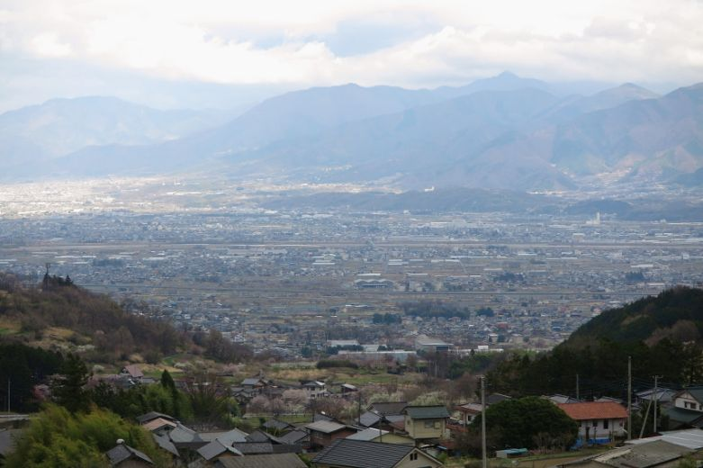 縄文中期に「農耕」が行われたとされる中部高地の風景