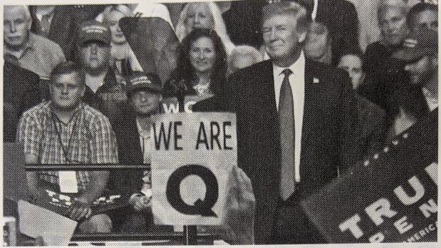 トランプ大統領の集会における「Q」の存在